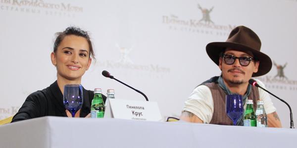 «Пиратская» пресс-конференция в Москве: полная версия