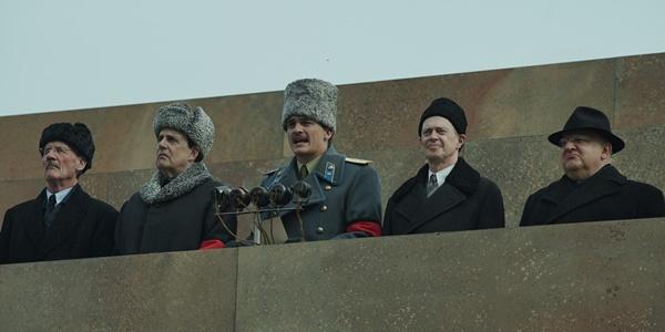 читать дальше Рецензия на фильм «Смерть Сталина»