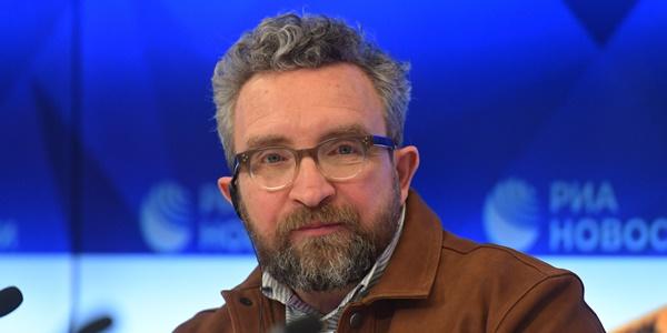 читать дальше Эдди Марсан приехал в Москву на съёмки в российском стимпанк-фильме