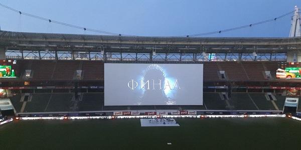 Финал «Игры престолов» показали на стадионе
