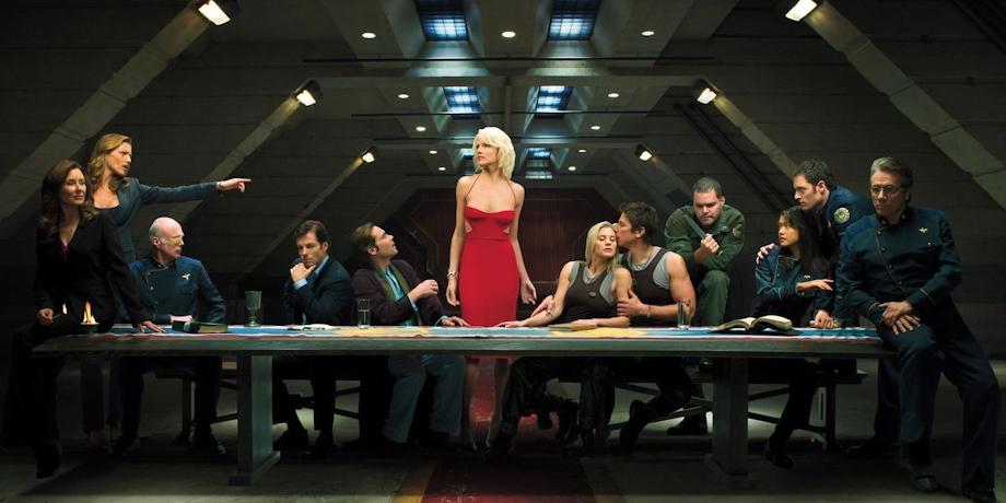 Саймон Кинберг перезапустит «Звездный крейсер «Галактика»»
