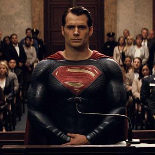 Warner Bros. пытается спасти свои кинокомиксы