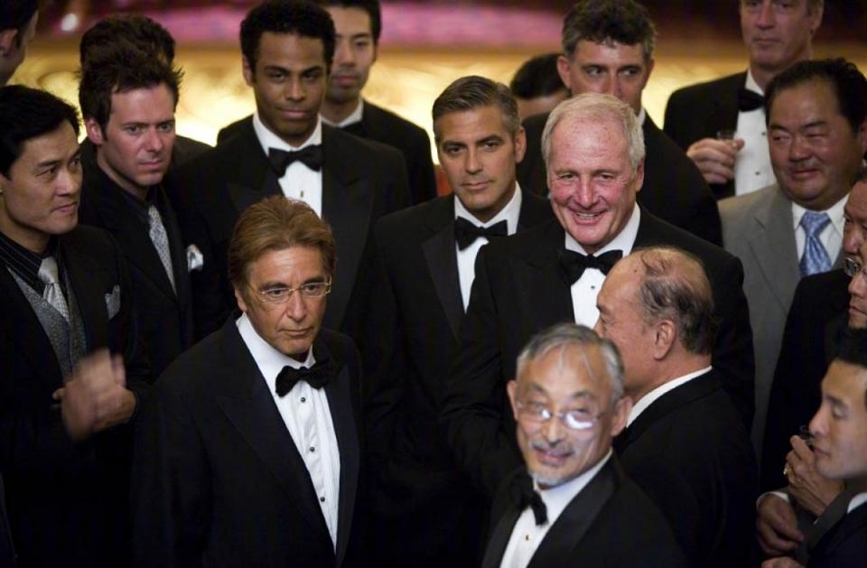 кадры из фильма Тринадцать друзей Оушена Джерри Вайнтрауб, Аль Пачино, Джордж Клуни,