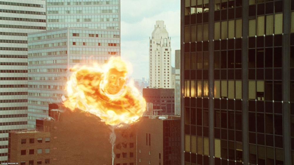 кадры из фильма Фантастическая четверка: Вторжение Серебряного Серфера