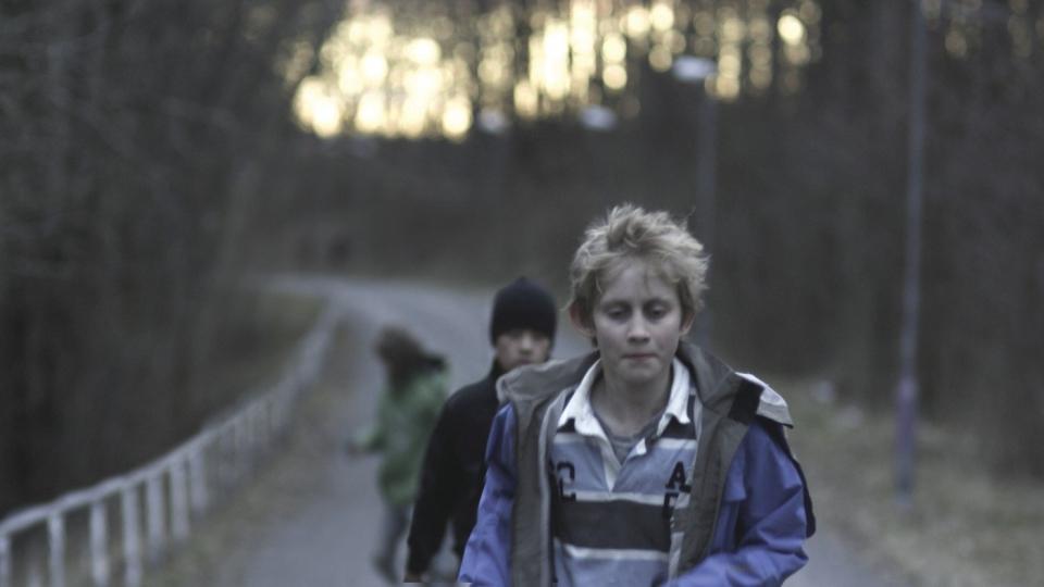 кадры из фильма Play