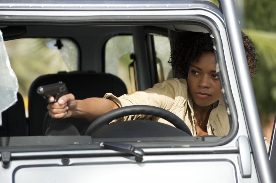 кадры из фильма 007 Координаты Скайфолл Наоми Харрис,