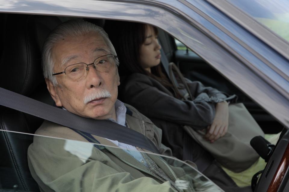 кадры из фильма Как влюбленный* Тадаси Окуно, Рин Таканаси,