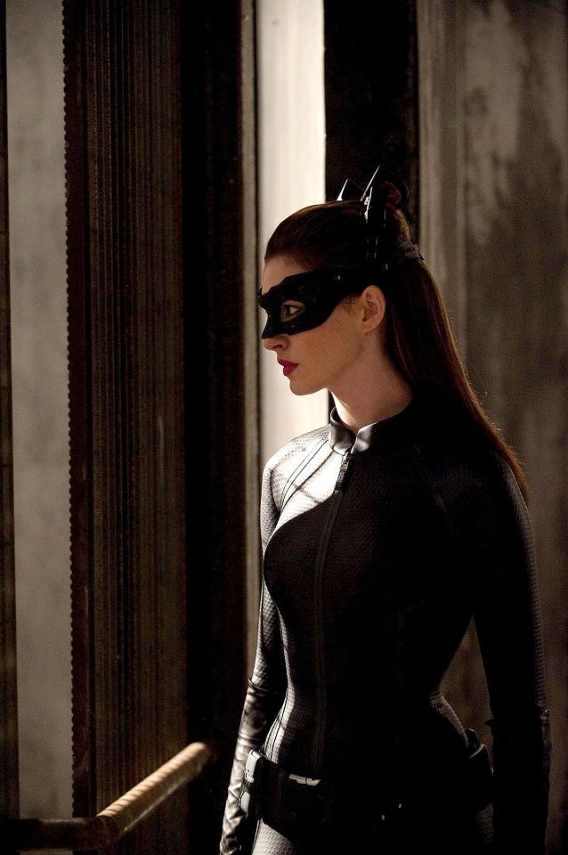 кадры из фильма Темный рыцарь: Возрождение легенды Энн Хэтуэй,