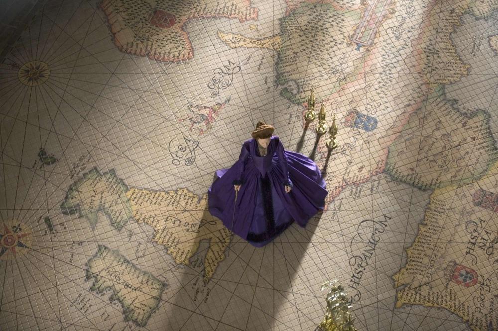 кадры из фильма Золотой век Кейт Бланшетт,