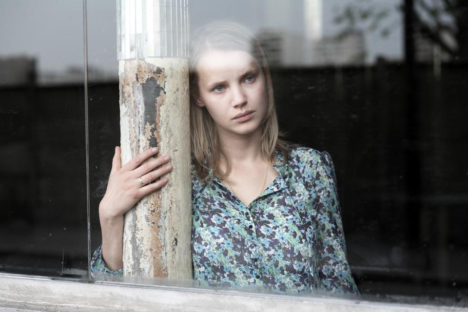 кадры из фильма Женщина из Пятого округа Джоанна Кулиг,