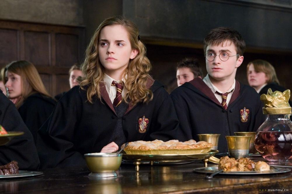 кадры из фильма Гарри Поттер и Орден Феникса Эмма Уотсон, Дэниэл Рэдклифф,