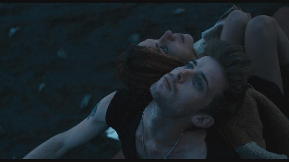 кадры из фильма Музыка нас связала Наталия Тена, Люк Тредуэй,