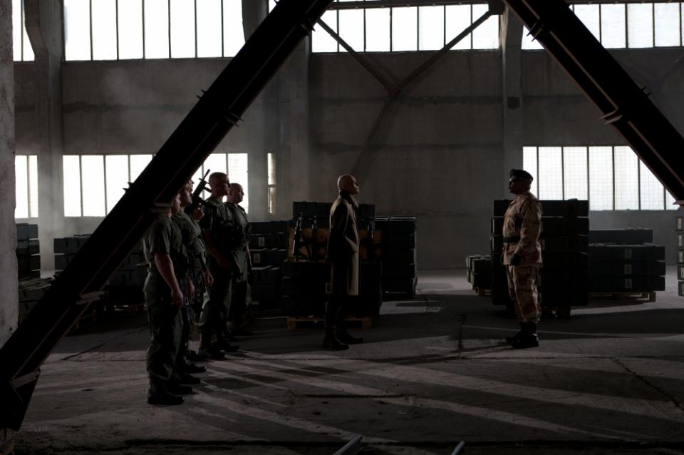 кадры из фильма Солдаты удачи Винг Рэймс,