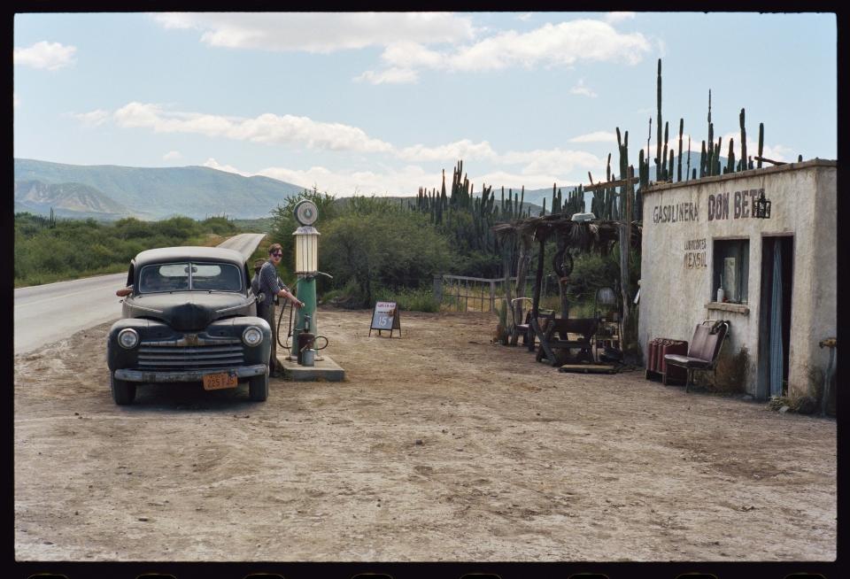 кадры из фильма На дороге Сэм Райли,