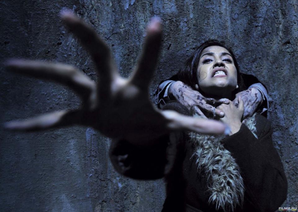кадры из фильма Дом-призрак