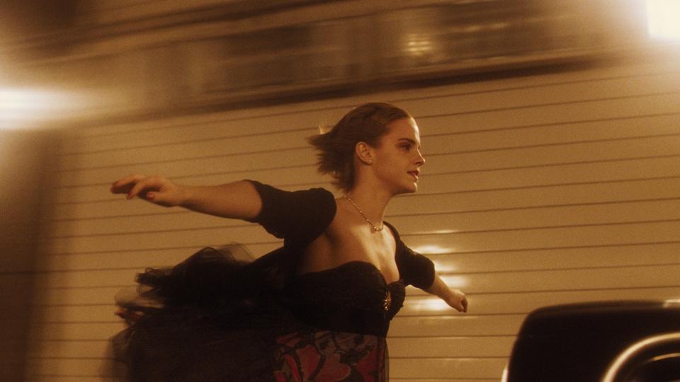 кадры из фильма Хорошо быть тихоней Эмма Уотсон,
