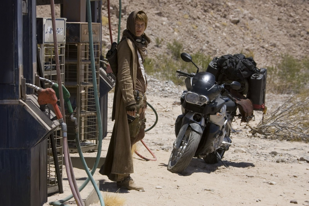 кадры из фильма Обитель зла 3