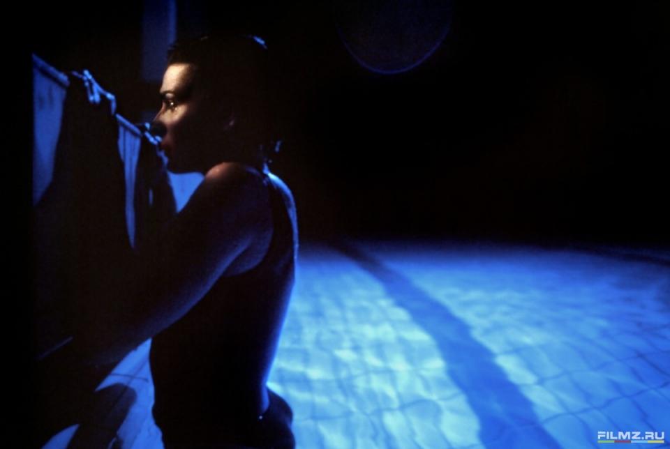 кадры из фильма Три цвета: Синий Жюльетт Бинош,