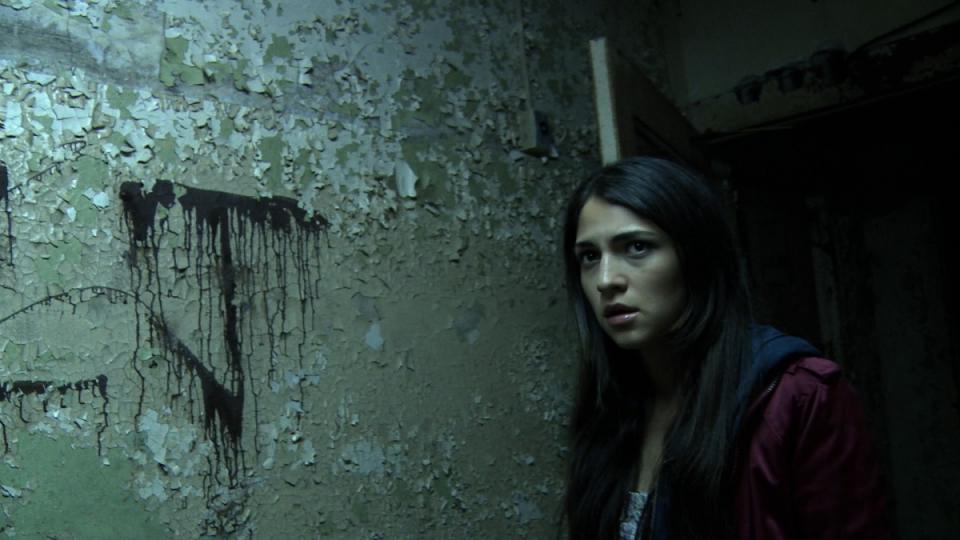 кадры из фильма Проклятый камень