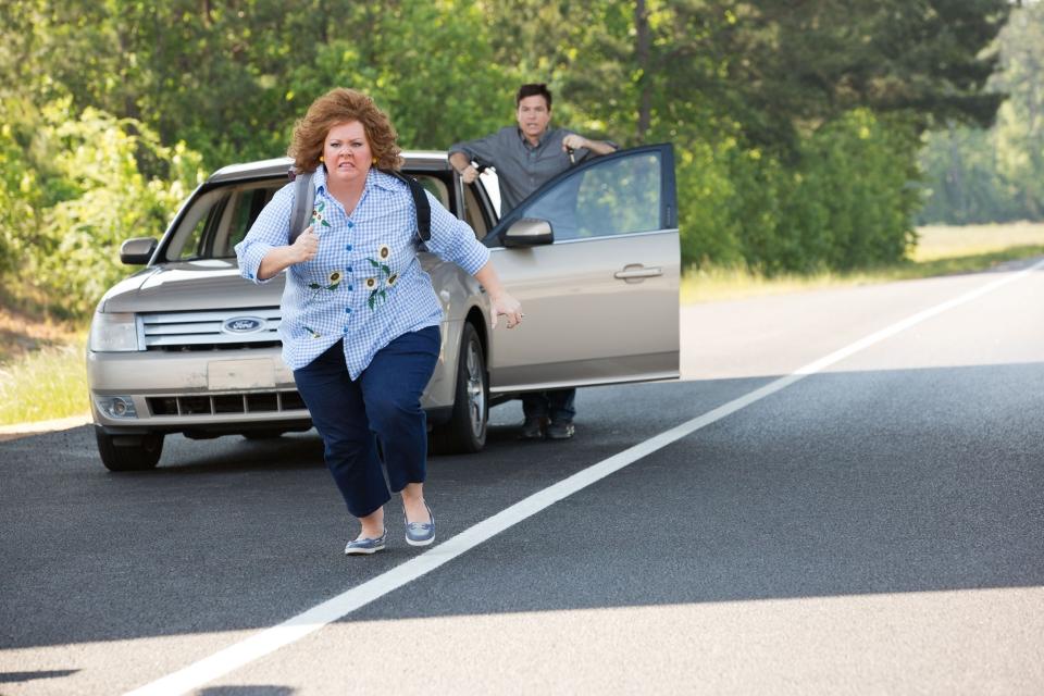 кадры из фильма Поймай толстуху, если сможешь Мелисса МакКарти, Джейсон Бэйтмен,