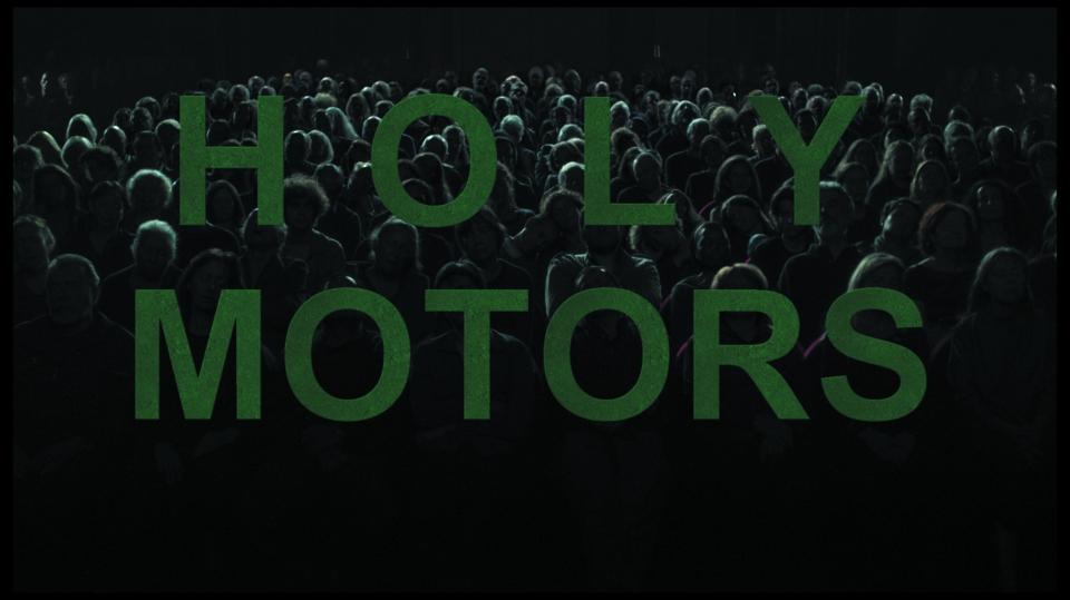 кадры из фильма Корпорация «Святые моторы»