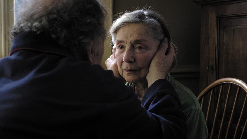 кадры из фильма Любовь Жан-Луи Трентиньян, Эммануэль Рива,
