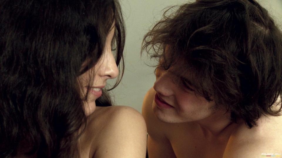 кадры из фильма Сексуальные хроники французской семьи