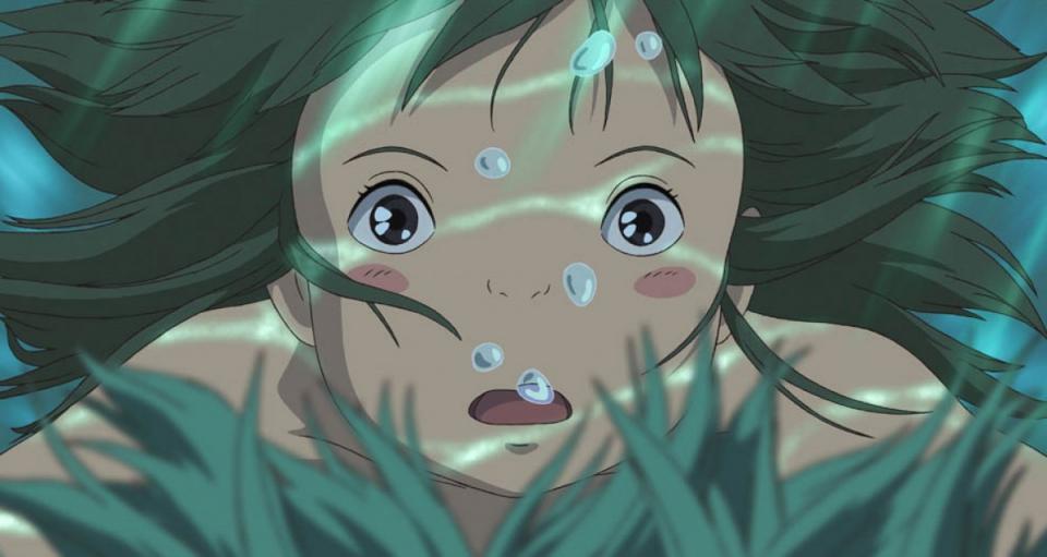 кадры из фильма Унесённые призраками