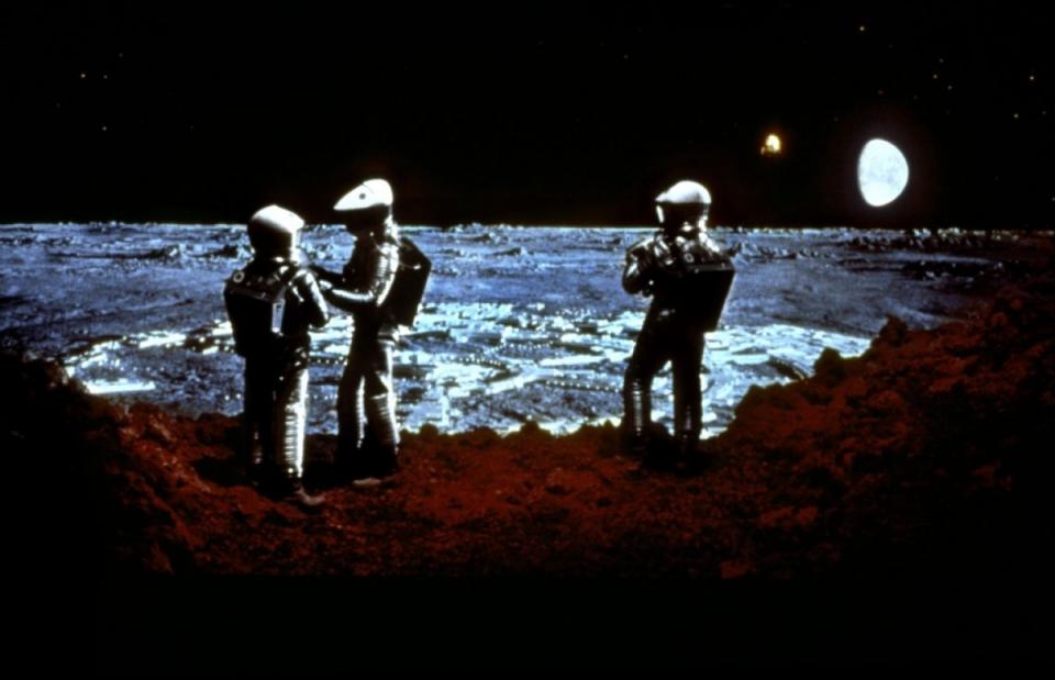 кадры из фильма 2001: Космическая одиссея