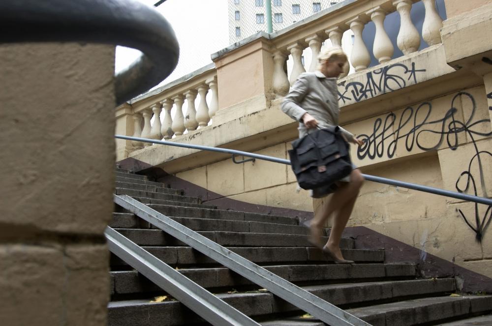 кадры из фильма Жестокость Рената Литвинова,