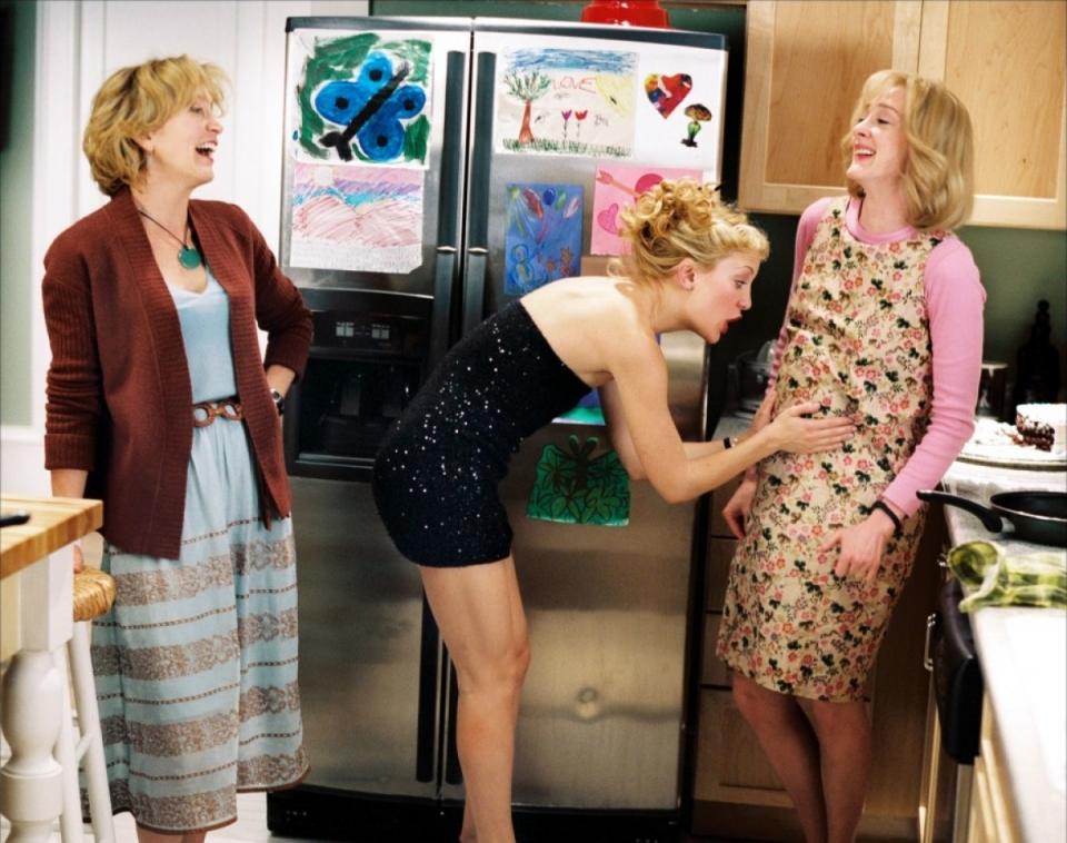 кадры из фильма Модная мамочка Фелисити Хаффмен, Джоан Кьюсак, Кейт Хадсон,