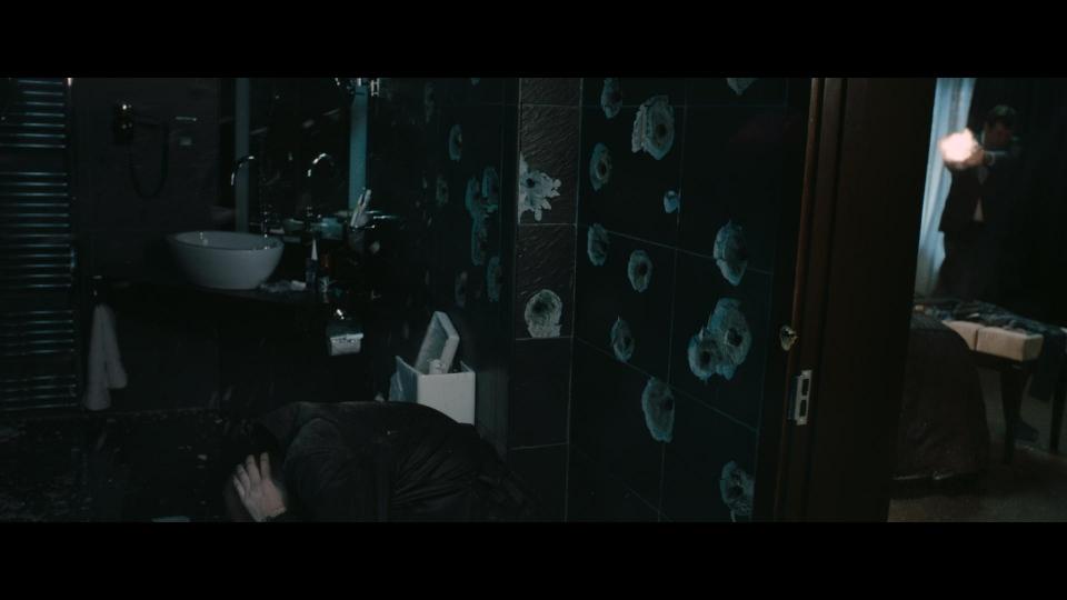 кадры из фильма Добро пожаловать в капкан Марк Стронг,