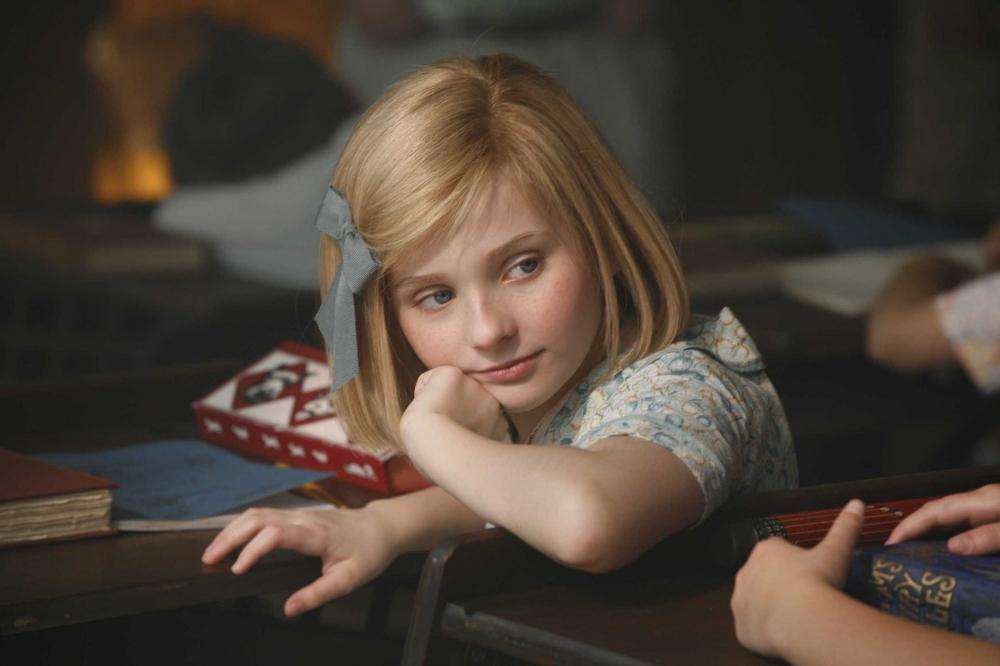 кадры из фильма Кит Киттредж: Американская девочка*