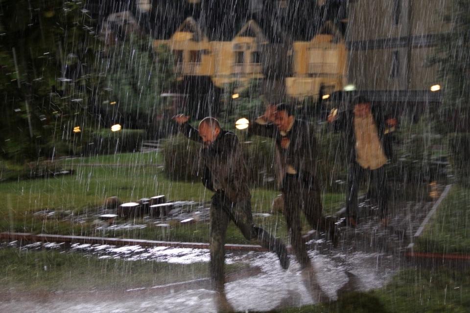 кадры из фильма Параллельные миры