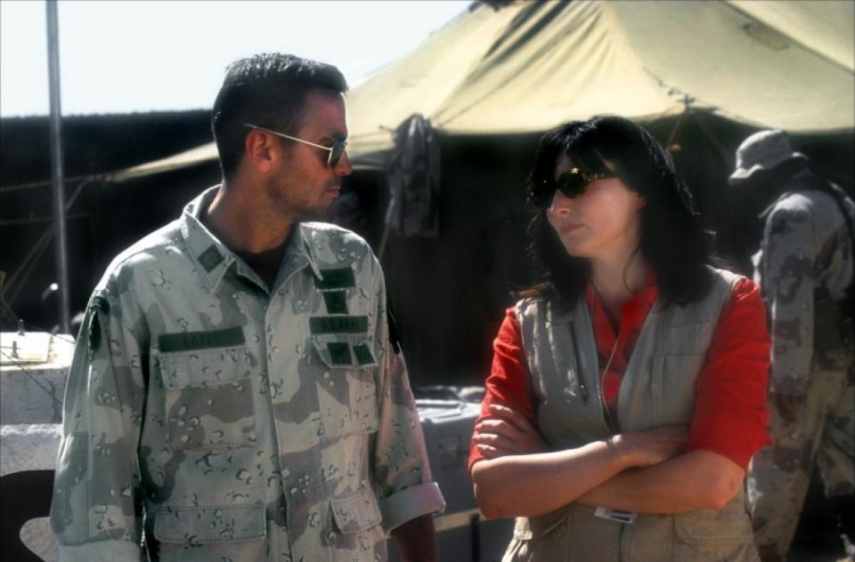 кадры из фильма Три короля Джордж Клуни, Нора Дьюнн,