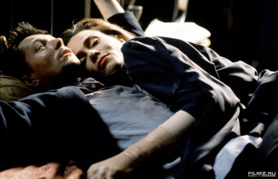 кадры из фильма Ромео истекает кровью Лена Олин, Гэри Олдман,