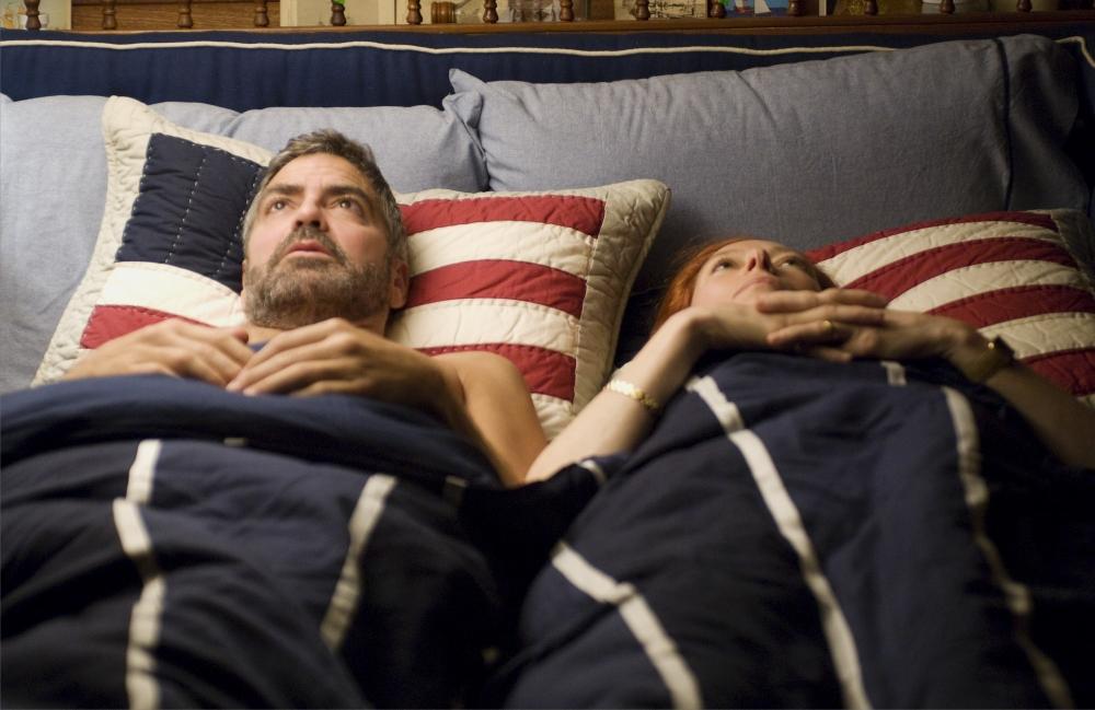 кадры из фильма После прочтения сжечь Тильда Суинтон, Джордж Клуни,