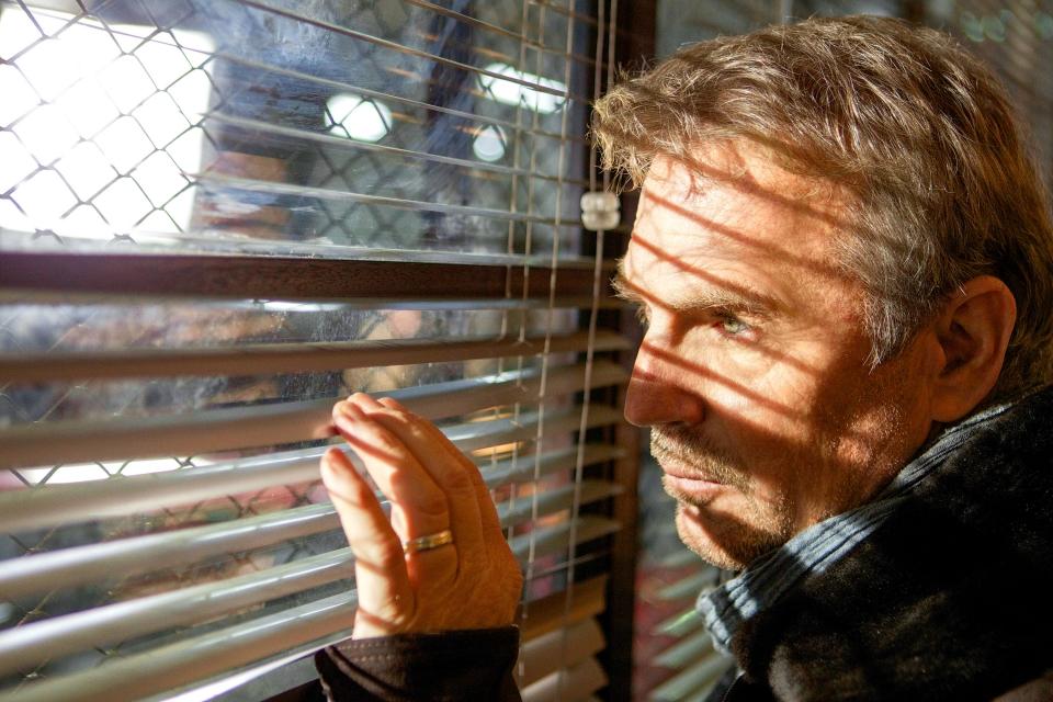 кадры из фильма Три дня на убийство Кевин Костнер,