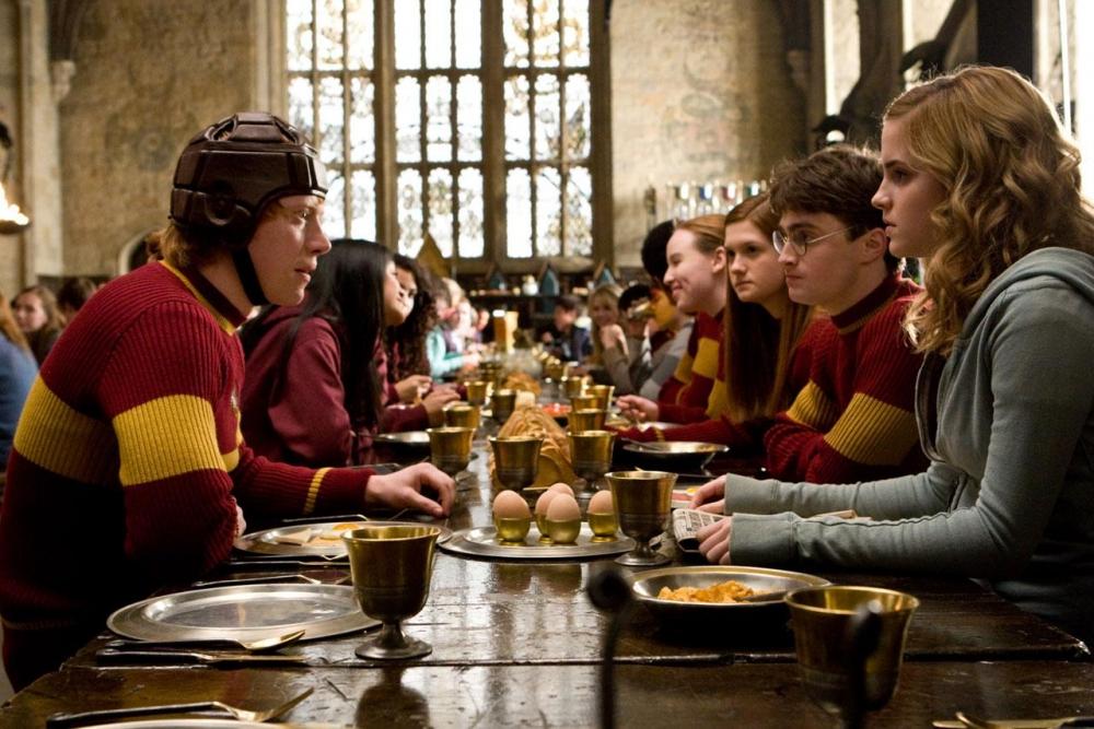 кадры из фильма Гарри Поттер и Принц-полукровка Бонни Райт, Эмма Уотсон, Руперт Гринт, Дэниэл Рэдклифф,