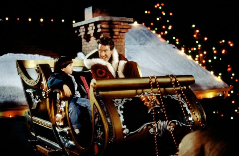 кадры из фильма Санта Клаус Эрик Ллойд, Тим Аллен,
