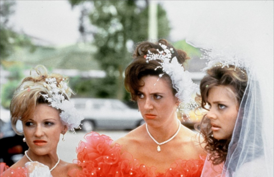 кадры из фильма Свадьба Мюриэл