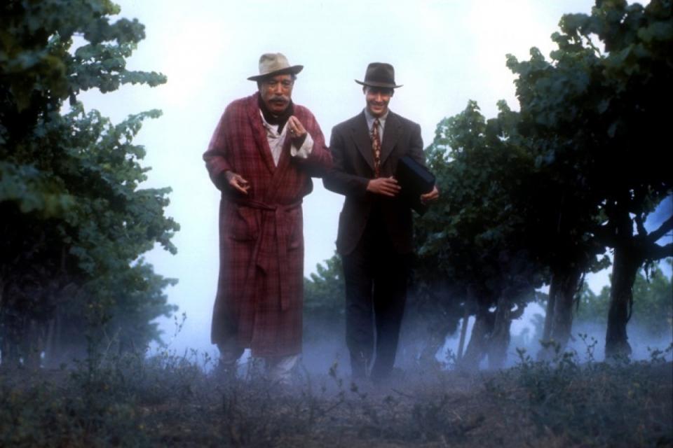 кадры из фильма Прогулка в облаках Киану Ривз, Энтони Куинн,
