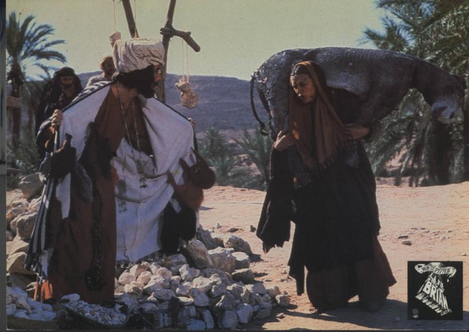 кадры из фильма Жизнь Брайана по Монти Пайтон Эрик Айдл,