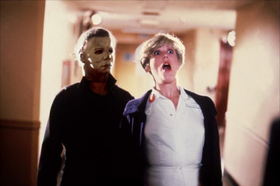 кадры из фильма Хэллоуин 2