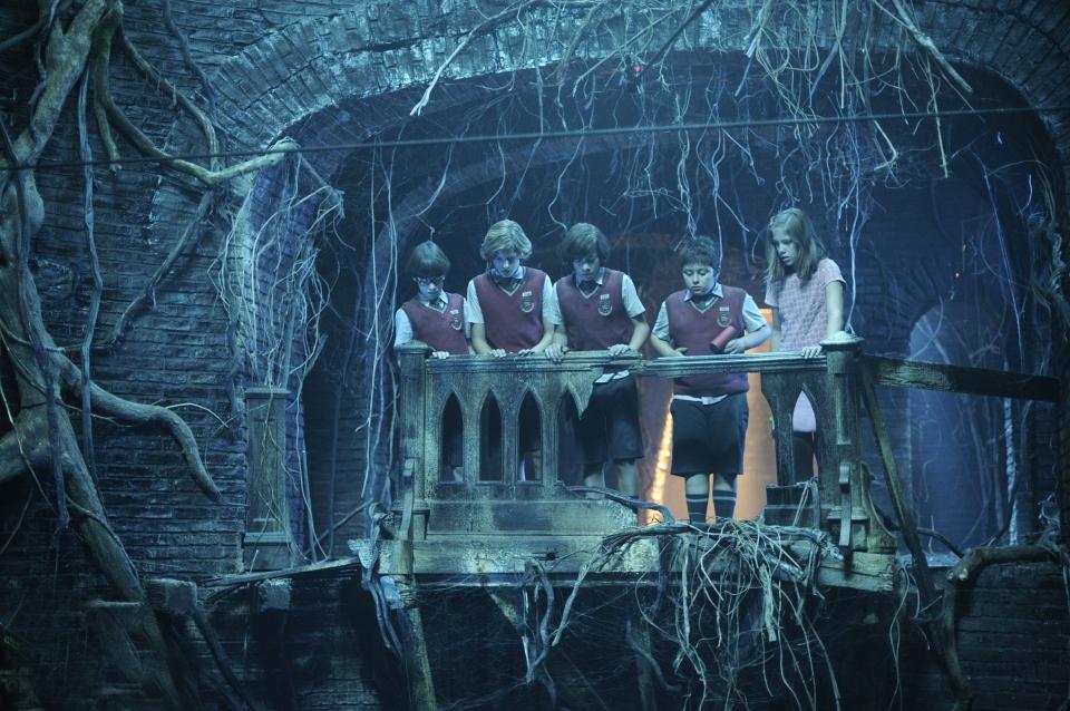 кадры из фильма Зип и Зап. Клуб стеклянных шариков