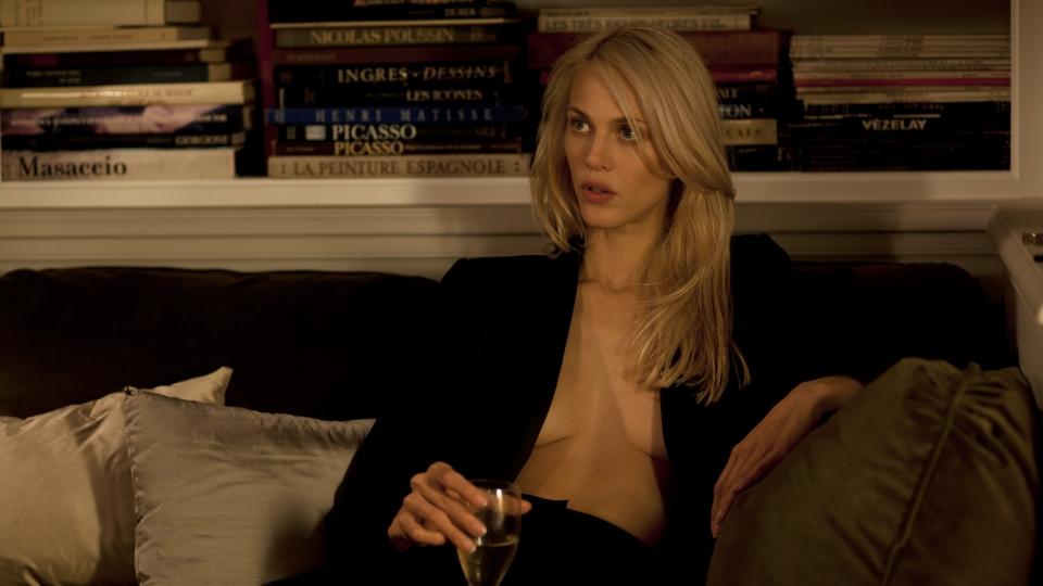 кадры из фильма Сен-Лоран. Стиль — это я