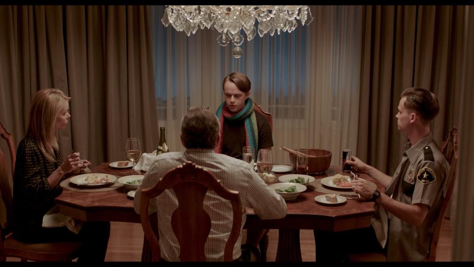 кадры из фильма Если твоя девушка — зомби