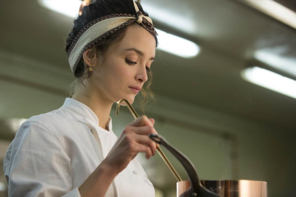 кадры из фильма Пряности и страсти Шарлотта Ле Бон,