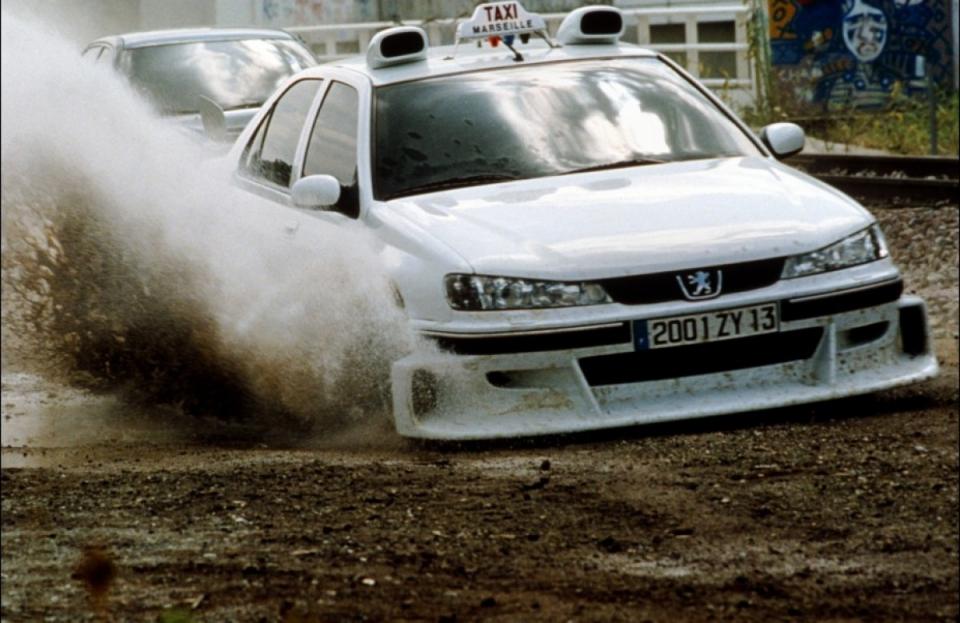 кадры из фильма Такси 2