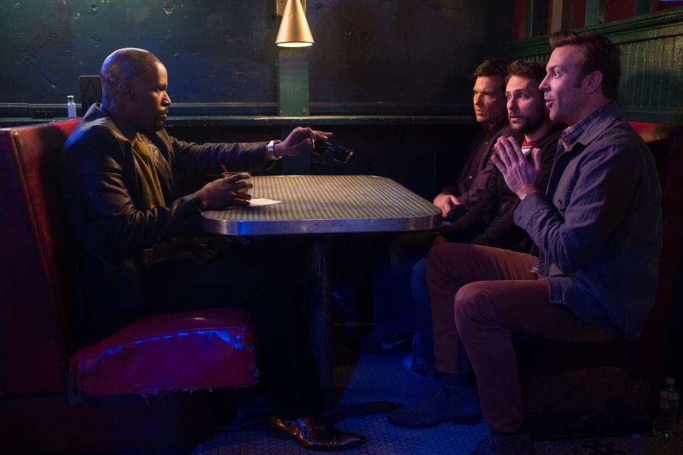 кадры из фильма Несносные боссы 2 Джейми Фокс, Джейсон Бэйтмен, Чарли Дэй, Джейсон Судейкис,